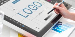 Diferentes tipos de logotipos: qual é o certo para o seu negócio?