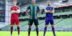 América-MG apresenta uniformes para a temporada 2021