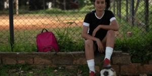 Disney apresenta história de brasileira que sonha ser jogadora de futebol