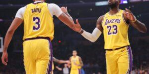 LeBron James oficializa mudança e será camisa 6 na próxima temporada