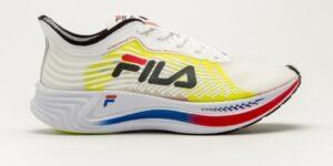 Fila apresenta primeiro tênis com placa de carbono da marca