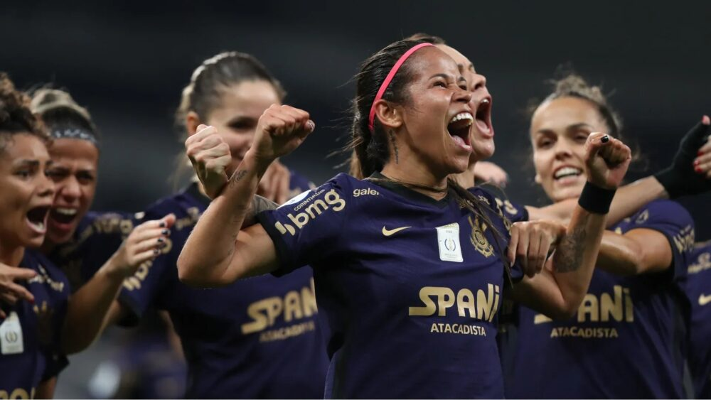 Derby feminino no Brasileirão impulsiona número de apostas